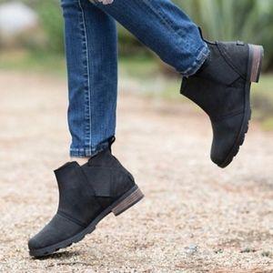 Sorel Emelie chelsea ankle boots new no box